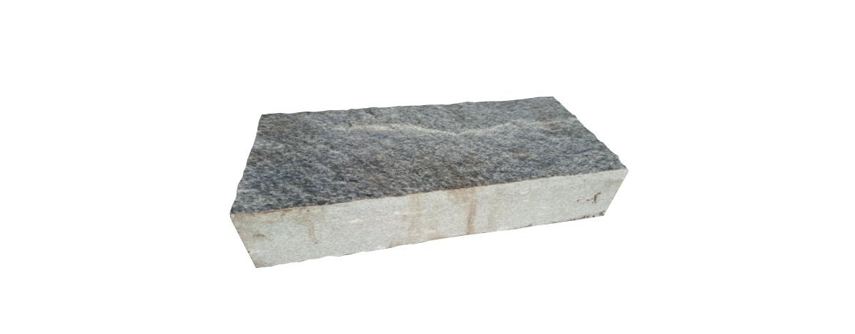 miraflor-pietra-luserna-blocchetto